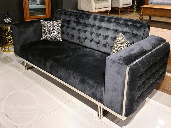 کاناپه مشکی پایه فلزی