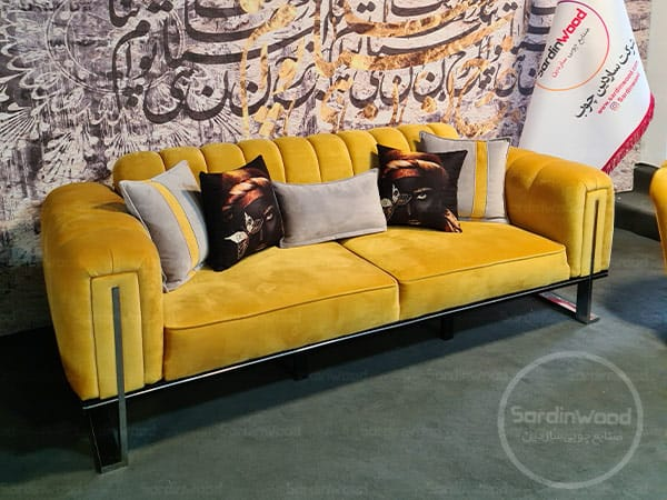 کاناپه راحتی پایه استیل طلایی